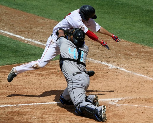 Reddick tries to elude tag.jpg